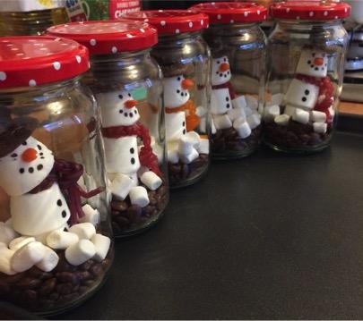 It's a snowman party!